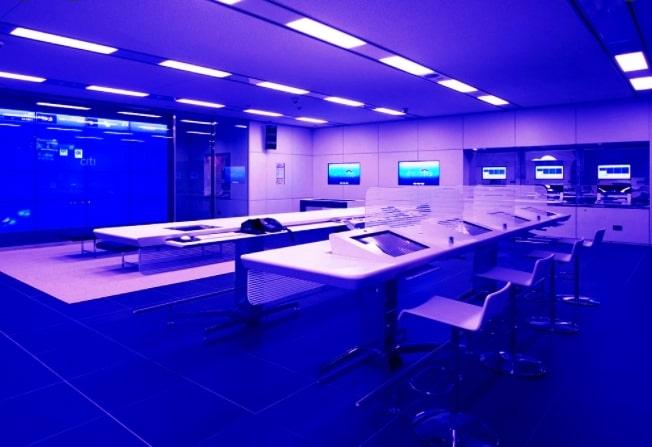 Очистка воздуха в помещений ультрафиолетовыми облучателями позволяет снизить уровень бактериологической опасности