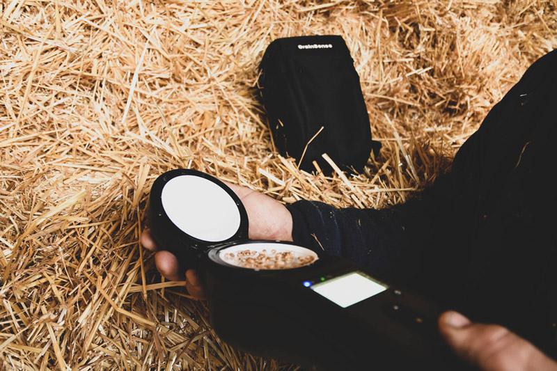 GrainSense анализатор влаги, белка и масла в зерне для фермеров, зернотрейдеров, сюрвейеров