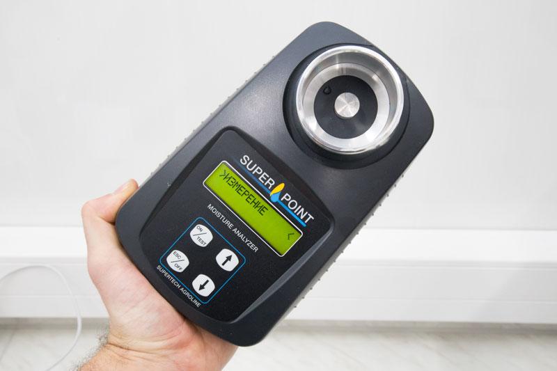 Влагомер Суперпоинт для всех культур, ширикий диапазон измерения, точность 0.5%, подсветка экрана