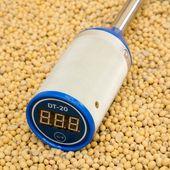 Термометр зерновой DT-20 в выключенном состоянии
