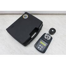 Комплектация влагомера зерна Superpoint: Влагомер с батареей, крышка для уплотнения, кейс-чемодан для транспортировки