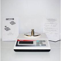 Весы лaбoрaторные AD320 (АХIS)