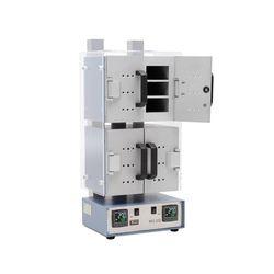 МО-212 каждая сушильная камера шкафа разделена на 2 секции дверцами