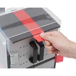 Перед началом использования в лаборатории обязательно достать упаковочные материалы перед запуском сушильного шкафа в работу