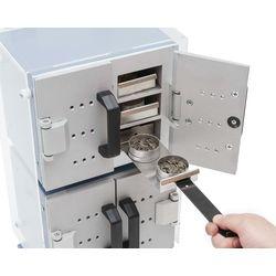 В двухкамерном шкафу МО-212 каждая подставка вмещает: 2 бюксы №3 или 1 сетчатую бюксу для подсушивания